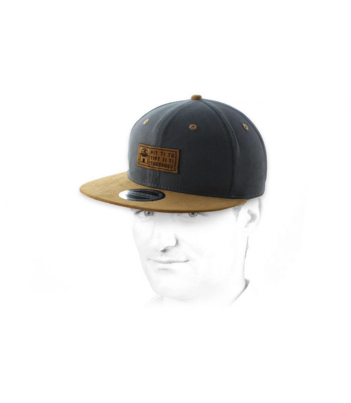snapbackrobot grey suede