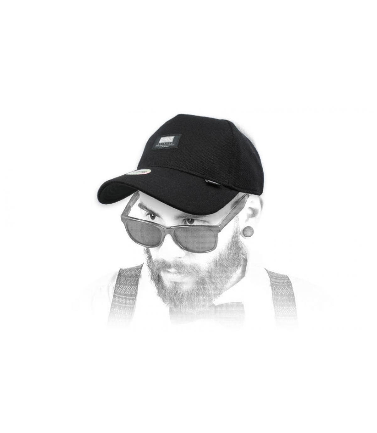 black Djinns cap